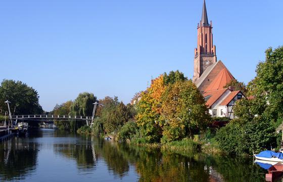 Die Rathenower Altstadtinsel mit St.-Marien-Andreas-Kirche